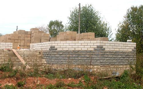 строить дом из арболита