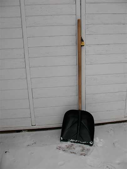 зимняя лопата