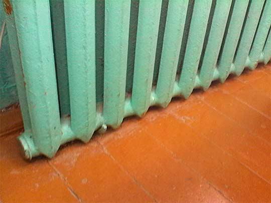 Размещение радиатора на стене