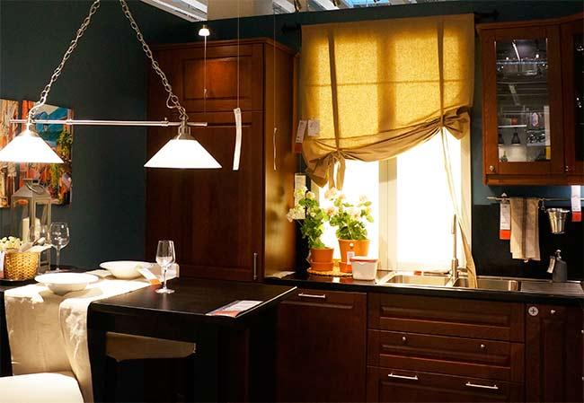 фальш-окно на кухне