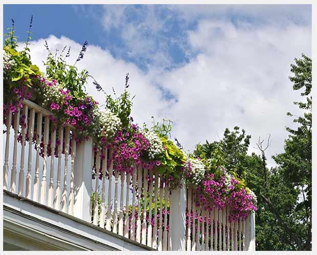 цветочные ящики на балконе