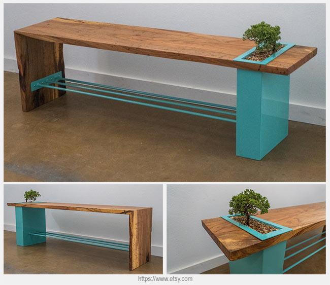 скамейка со стальной вставкой