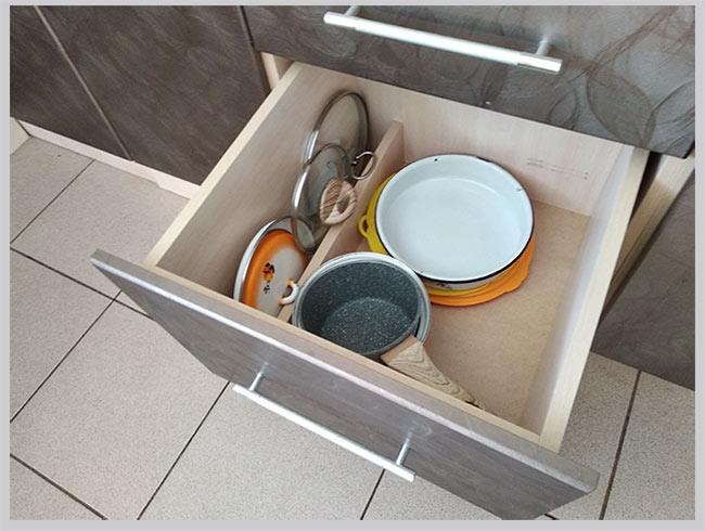 организация хранения в кухонном ящике